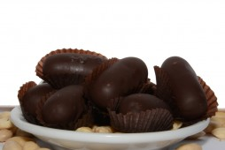 Cerino in marzapane al cioccolato